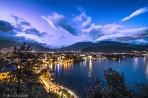 Foto Mattia Bonavida Blue hour in Riva del Garda.