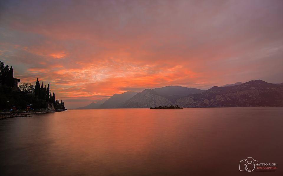 Giro del Lago di Garda seguendo il tramonto