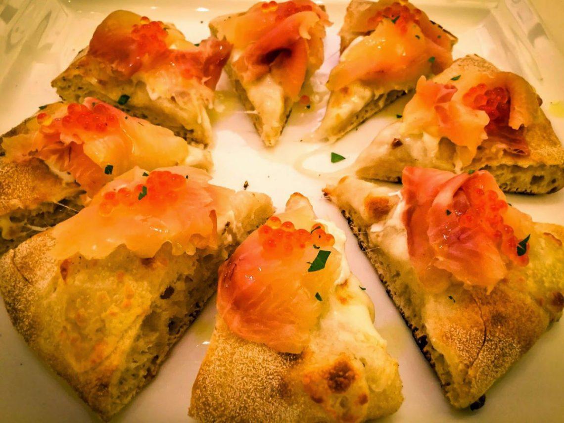 Pizza gourmet al ristorante Novecento a Rovereto