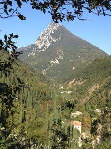 Monte Castello e valle delle cartiere
