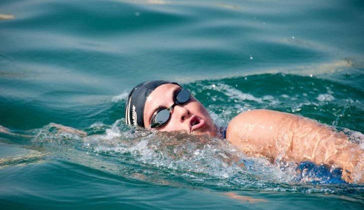 Volando sulle onde della vita -Traversata a nuoto per combattere il diabete