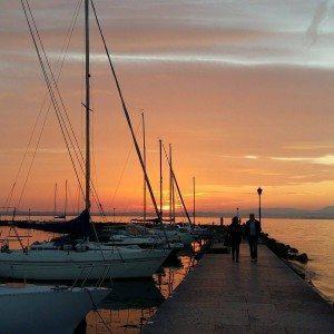 118056Tramonto sul Lago di Garda95_431178100400762_1428670246_n