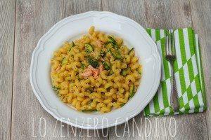 pasta trota salmonata e zucchine3