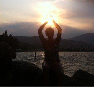Manuela Beccaria Il sole tra le mani