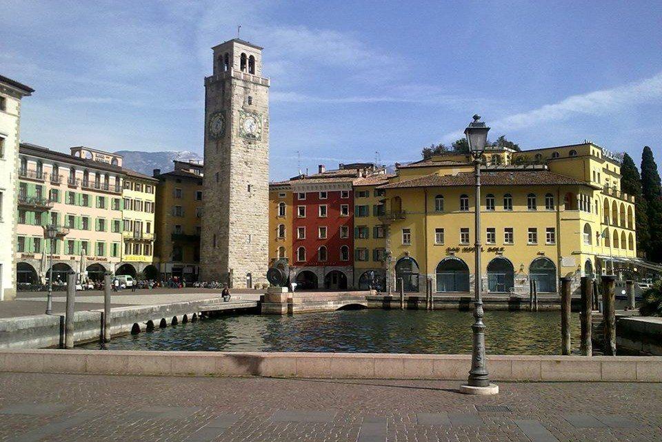 Riva del Garda,un piccolo gioiello costruito sulle sponde del lago.
