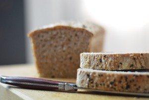 Il pane per colazione semi-integrale con solo 45 minuti di lievitazione