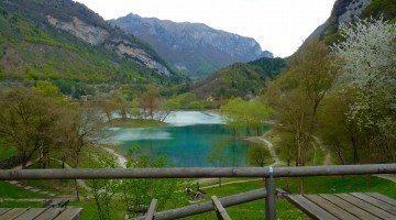 Il Lago di Tenno è lo specchio d'acqua dolce più pulito d'Italia