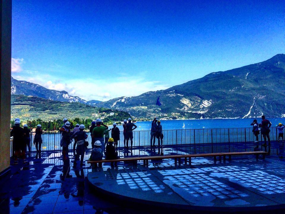 Centrale Idroelettrica Riva del Garda con la Famiglia