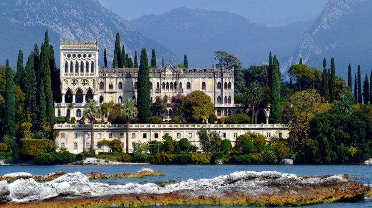 L'arte sul lago di Garda: l'isola del Garda