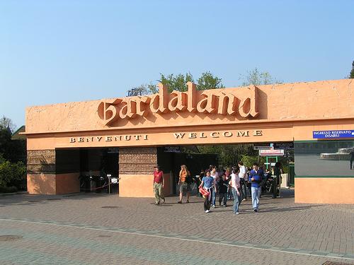 Buon compleanno Gardaland e Prezzemolo!