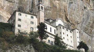 Il Santuario Madonna della Corona