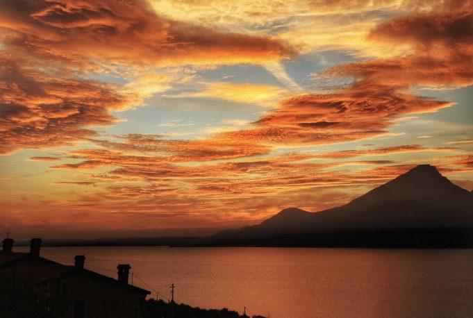 Tramonto sul Lago di Garda.