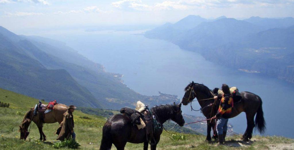 Sul Lago di Garda si trova l'ippovia più alta d'Italia.