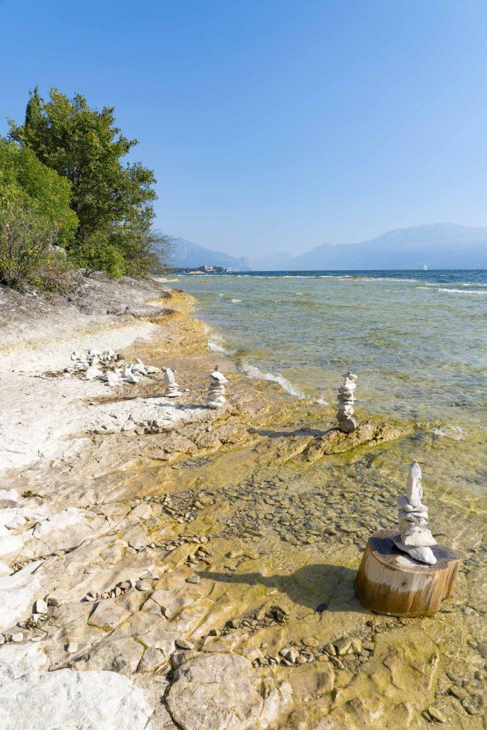 Alla scoperta dell'Isola di San Biagio sul Lago di Garda.